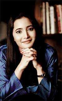 Nadia Chauhan, 26