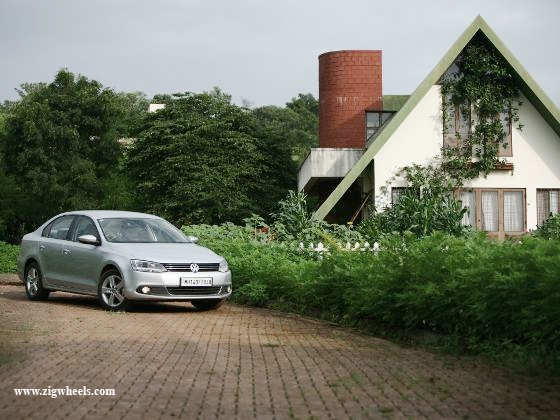 Volkswagen Jetta 1.4 TSI front