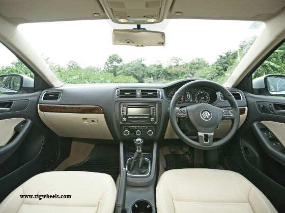 Volkswagen Jetta 1.4 TSI interiors