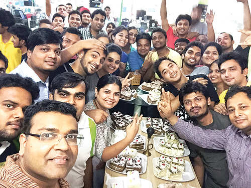 A cake-smashing session to create team bonding? Meet Droom's founder Sandeep Aggarwal