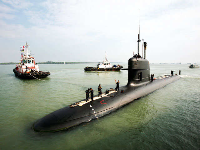 More leaks sink Scorpene; bad timing for France trying to tie down troublesome Rafale deal