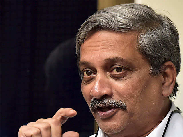 'Uncontrollable violence' shouldn't be created: Parrikar on Quetta terror attack