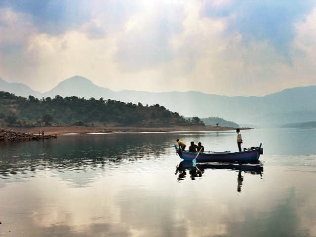 Quick getaway: Visit Rishikesh or the Chikmagalur hills near Bengaluru