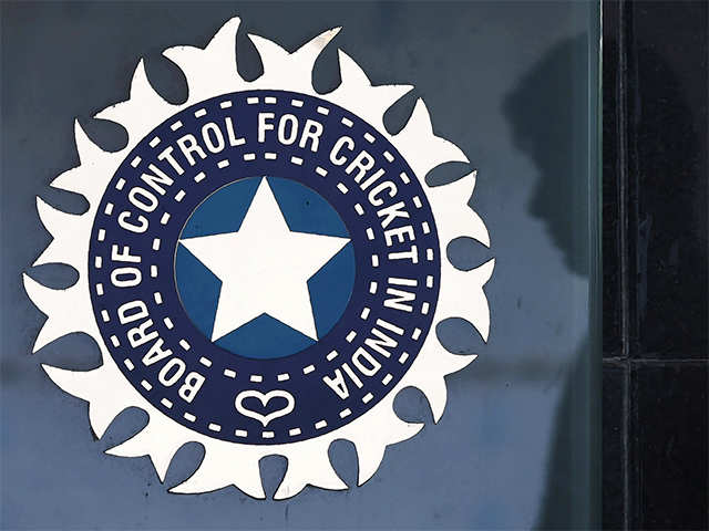 Did ousted BCCI secretary try to scare off England from tour?