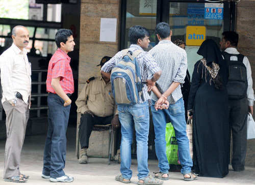 LIC booked profit in SBI, GAIL, DRL & others, when you were lining up at ATMs