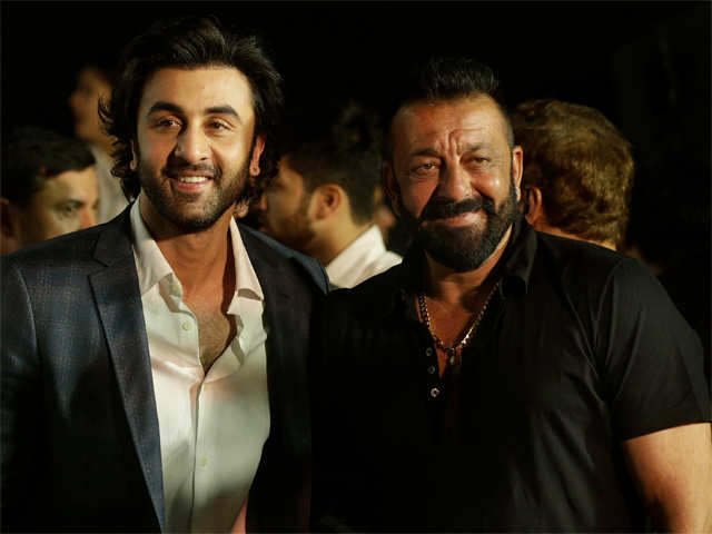 Ranbir Kapoor Finally Reacts To Dad Rishi's Attack On Jagga Jasoos Director