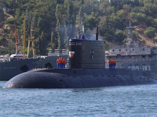 Russia's nuclear submarine successfully fires missile