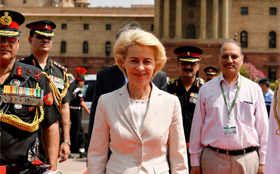 Must-see pics: German Defence Minister in India