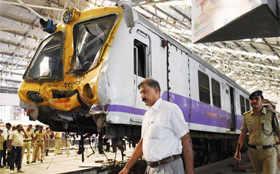 Mumbai local train rams into dead end