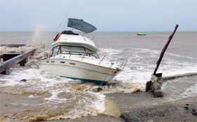 Tropical Storm Erika swamps Dominica
