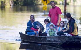 Historic rainfall, floods hit South Carolina