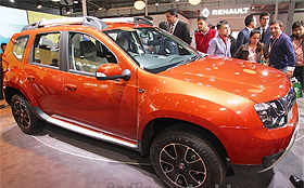 2016 Renault Duster (facelift) unveiled