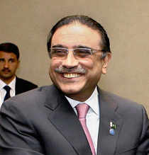 Pranab Mukherjee hopes Asif Ali Zardari's visit will improve bilateral trade