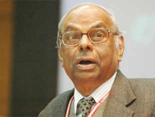 Investors will return if India grows at 7%: C Rangarajan