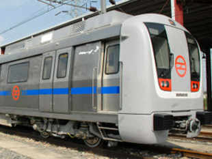 Delhi Metro plans more spacious stations