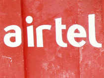 India's largest telco Bharti Airtel has tied up with Microsoft to sell the software giant's office productivity suite to small and medium businesses in India