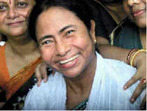 Mamata Banerjee's take-it-or-I-leave-UPA -II posturing appears to be based on calculated strategy.