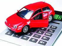 Car manufacturers and dealers are luring buyers with attractive offers. ET Wealth tells you what lies under the hood.