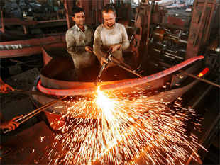 Industrial output in Sept contracted by 0.4% due to poor performance of the manufacturing sector and decline in consumer as well as capital goods output.