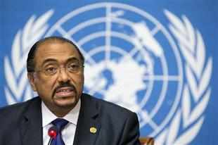 Michel Sidibe, Executive Director of the United Nations Organization UNAIDS, presents the UNAIDS HIV results report, during a press conference at the European headquarters of the United Nations in Geneva, Switzerland, Tuesday, Nov. 20, 2012. (AP Photo)