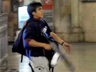 Bollywood today applauded the Government for the execution of 26/11 Pakistani attacker Ajmal Kasab, saying it is a triumph of justice.