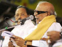 Karunanidhi had last week strongly pitched for a multi-member CAG, saying the recent flopped auction of 2G spectrum that netted only about Rs 9,000 crore had proved wrong the top auditor's report pegging the presumptive loss in 2G allocation.