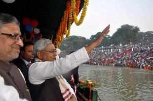 Credited worldwide for turning around the state of Bihar, Nitish Kumar has been listed by the prestigious Foreign Policy magazine among its top 100 global thinkers.