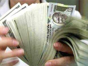 Economists forecast that the FY13 fiscal deficit will overshoot the government target of 5.3%. High current account deficit will continue to impact the rupee.