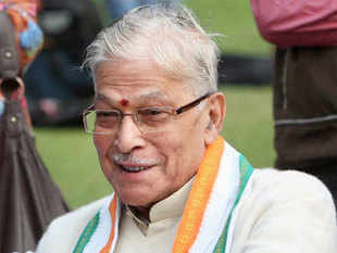 "Speaking at an election rally, party veteran Murli Manohar Joshi said, ""Is government ne gareeb, chote kisaan aur garib vyapari ke pet par daka dala hai (this government has snatched away the livelihood of poor farmers and traders)"