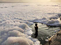 SC asked the directors of IIT Delhi and IIT Roorkee to be present in court on December 11 to render expert advice on preparing a scientific strategy to save the gasping Yamuna.