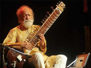 """""""An era has passed away with Pandit Ravi Shankar. The nation joins me to pay tributes to his unsurpassable genius, his art and his humility,"""" the Prime Minister said."""