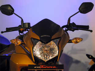 A look at some recent industry reports will reveal that while Hero and Bajaj retain their dominant position in the bike segment, Honda is making significant strides