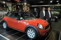 Luxury car maker BMW aims to sell 300 units of  newly launched Mini this year