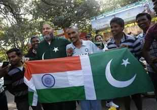 Ind vs Pak: Disciplined Pakistan restrict India to 133/9 in Bangalore