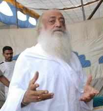 Congress hits out at Asaram Bapu for his controversial remarks against Delhi gangrape victim