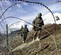 India, Pak should resolve disputes through dialogue, says China