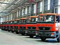 The auto industry is expected to report a revenue growth of 11% yoy (up 13% qoq), driven mainly by a rise in demand due to festive season. However, increase in costs (raw material, marketing, etc.) is expected to result in a decline of 2% yoy in earnings (up 21% qoq).