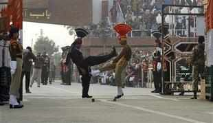 India to issue visa on arrival for Pakistani senior citizen at Wagah land border