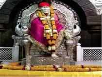 A Delhi Police team took an accused for a 'darshan' of Saibaba at the famous shrine here through a VIP entrance today.