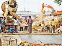 NHAI encouraging irresponsible bids, says Gajendra Haldea