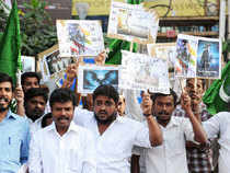 Members of National League party stage a protest against actor Kamal Haasan's new movie Vishwaroopam in front of his office at Alwarpet in Chennai. (BCCL)