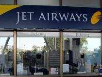 Jet earned 850 million rupees ($15.98 million) for October-December, exceeding estimates for the third straight quarter, compared with a loss of 1.01 billion rupees a year back.