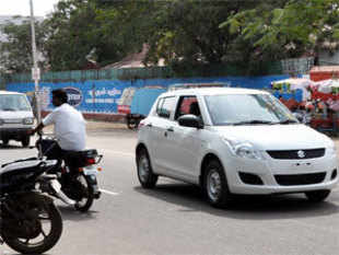 Delhi Government today issued new guidelines for streamlining registration of public service vehicles and verification of drivers. (Pic by BCCL)
