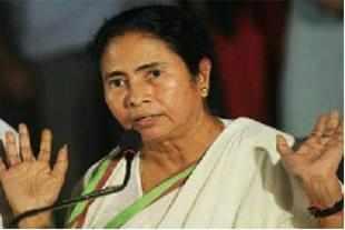 After Buddhadeb, Deepa Dasmunshi questions Mamata's honesty
