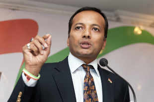 Supreme Court seeks response of Naveen Jindal, Centre on Zee plea