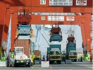 JNPT's plan of building a container terminal along with a ship repair facility has hit a hurdle after the port was forced to give its nod to the Mumbai Trans-Harbour Link Project.