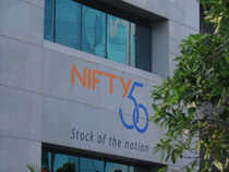 The Nifty staged a bounce back from support level of 5,850 and hit fresh intraday highs led by gains in Tata Motors, IDFC and Bharti Airtel