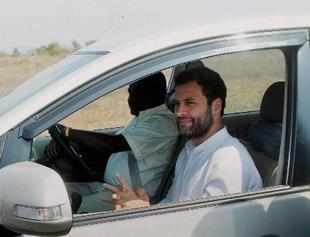 AICC Vice President Rahul Gandhi on his way to sambalpur from an open airstrip to meet party workers in Sambalpur, Odisha on Monday.