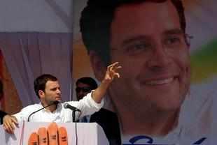 Rahul Gandhi Finalising team 2014 for Lok Sabha polls