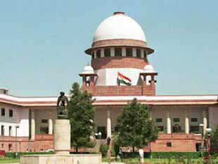 The Supreme Court today sought response from the Centre and CBI on a plea by retired IAS officer P J Thomas seeking quashing of the case against him in the over two decade-old palmolein oil import scam.